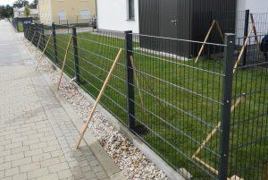 Doppelstabmattenzaun Zustellung Kosten - Ampanel.de