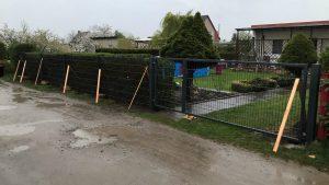 Ästhetischer Zaun im Garten - Ampanel.de