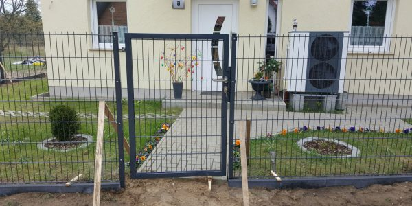 Kleiner Zaun für Vorgarten - Ampanel.de